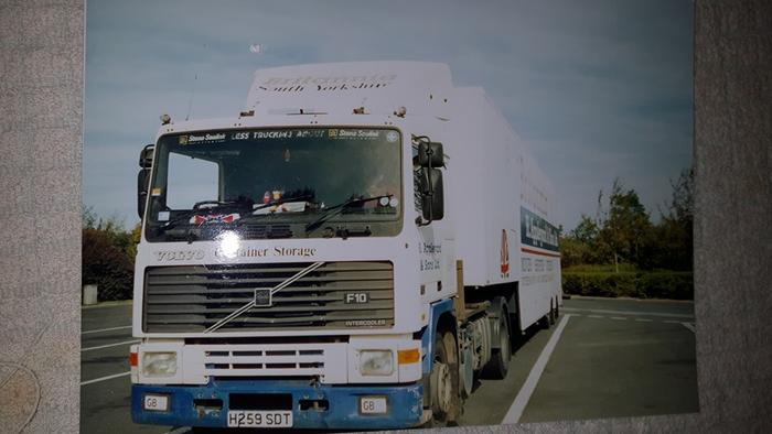 Volvo F10 artic in its working days France