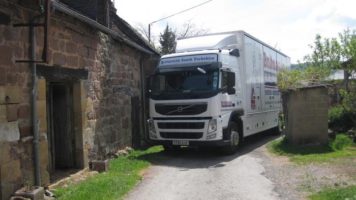 Part load delivery service from the Uk to France