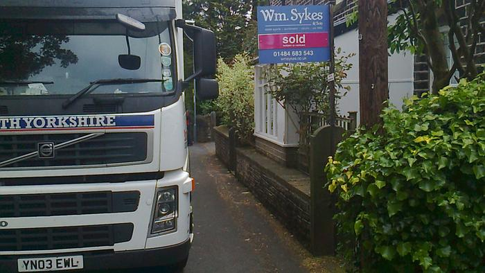 Uk Removals Local and long distance